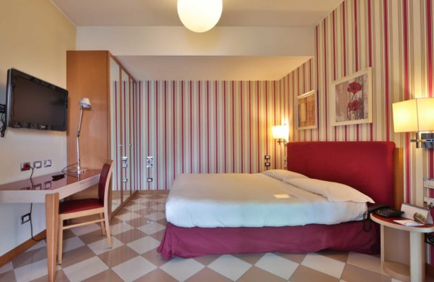 AtaHotel The One - Rooms -13 Uk directory listings